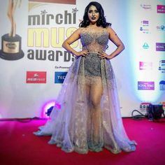 Neha bhasin at Mirchi music awards Music Awards, Bollywood, Singer, Actresses, Tv, Formal Dresses, Fashion, Female Actresses, Moda