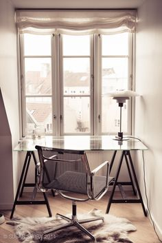 A modern but cozy nook can be a lovely and quiet spot to get down to work!