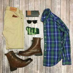 Casual Grid by @theamateurprofessional Follow @stylishgridgame Brands ⤵ Shirt: @jcrew Trousers: @loyalcollective Shoes: @klrfootwear Socks: @divvyup Sunglasses: @raen Wallet: @jacksonwayneleather