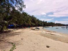 Beach house.   #jerrystours #phuquoc #phúquốc #asia #travel #vietnam #travelpics #phototravel #pqlife #island #phuquocisland #paradise #beach #jungle #boat #tours #tour #guide #вьетнам #Фукуок #dulich #dulịch #富国岛 #越南 #베트남 #푸쿠크 #フーコック #ベトナム