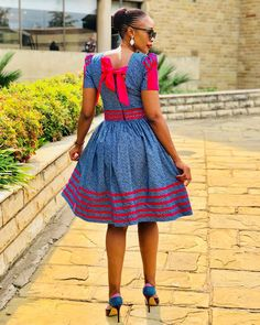 African Dresses For Women, African Attire, African Fashion Dresses, African Outfits, South African Traditional Dresses, Traditional Wedding Dresses, Shweshwe Dresses, Curvy Girl Fashion, African Print Fashion