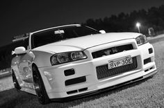 Meet the beast. R34 Gtr, Nissan Gtr Skyline, Nissan 370z, Japanese Cars, Jdm Cars, Amazing Cars, Awesome, Sport Cars, Custom Cars