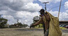 SANTO DOMINGO.- El presidente de la Comisión de Contratos de la Cámara de Diputados, Héctor Féliz Féliz, aseguró ayer que los terrenos ocupados por el vertedero de Duquesa fueron vendidos a la empresa Lajún Corporation por el Consejo Estatal del Azúcar sin la aprobación del Congreso Nacional.