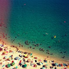 Aerial shot of people on the beach <3