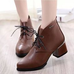 Fashion Women'S  Chunky Heel Lace-Up Punk Retro Ankle Boots Casual Shoes