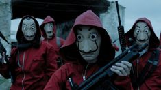 Netflix spanish web series Money Heist season 3 (original La casa de papel) premiere on 19 July In the season 3 story set around rescue the hostages and still. Reservoir Dogs, Ted Bundy, Adam Sandler, Good Netflix Tv Shows, Netflix Users, Watch Netflix, Series Movies, Movies And Tv Shows, Tv Series