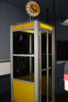 Old Phone cabine