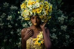 DAISY AFRO HEADDRESS