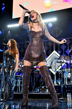 Taylor Swift Photos Photos: iHeartRadio's Z100 Jingle Ball 2019 Presented By Capital One - Show