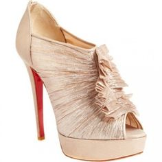 Christian Louboutin Canon 140 sutle pink great for the winter weddings