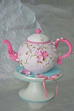 Tea Pot Cake: Step x Step!
