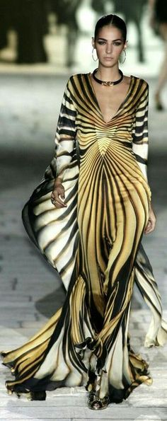 BEUTYFUL DRESS wow thats what i call a designed dress ... by ROBERT CARVILLA