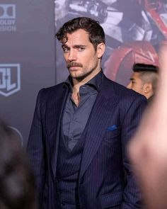 Look at that adorable face of his ❤❤❤ Carpe Diem, Henry Cavill Justice League, Henry Superman, Gentleman, Love Henry, Henry Williams, Just Beautiful Men, The Best Films, Star Wars