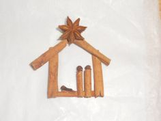 This cinnamon, star anise, cloves and allspice nativity ornament smells like the holidays