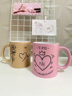 Doodle Lettering, Lettering Tutorial, Funny Mugs, Cube, Doodles, Tableware, Birthday, Ideas, Diy