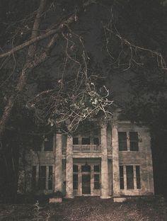 Old Mansion by wezern, via Flickr
