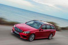 The new Mercedes-Benz E-Class: E 250 Estate. Combined fuel consumption: 5.8l/100km, CO2 emission: 135g/km. // Nowa Klasa E: zachwycająca, inteligenta, piękna.