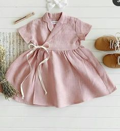 Vintage Girls Dresses, Little Girl Dresses, Little Girl Fashion, Kids Fashion, Toddler Outfits, Kids Outfits, Trendy Baby Girl Clothes, Baby Dress Design, Baby Girl Princess