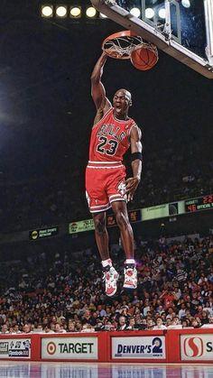Michael Jordan Dunking, Michael Jordan Pictures, Michael Jordan Photos, Kobe Bryant Michael Jordan, Michael Jordan Chicago Bulls, Michael Jordan Basketball, Ar Jordan, Mikel Jordan, Jordan Logo Wallpaper