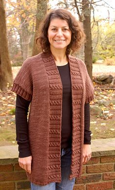 Bulky Cabled Trim Tunic pattern by Sharon Sorken - Knit and Crochet TO DO LIST - Bulky Cabled Trim Tunic pattern by Sharon Sorken Ravelry: Artyarns Bulky Cabled Trim Tunic pattern by Sharon Sorken Knit Cardigan Pattern, Tunic Pattern, Ravelry, Wool Vest, Baby Knitting, Knitting Patterns, Knitting Projects, Knit Crochet, Models