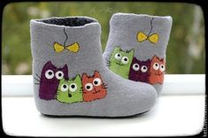 Wool Shoes, Felt Shoes, Baby Shoes, Needle Felted Animals, Felt Animals, Nuno Felting, Needle Felting, Doll Shoe Patterns, Felted Slippers