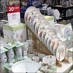 Pride of ownership might make you want to to imitate this impressive Lenox Dish-Displayer Endless Cascade in your own home. Lenox Dishes, Retail Fixtures, Plate Display, Salad Plates, Own Home, Dinnerware, Make It Yourself, Pride, Tableware