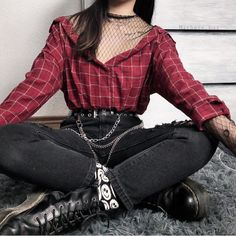 Gothic Fashion 283445370285062204 - This blouse with mesh is in our shop now! Belt and accessories also from WILDCHICKS. Credi Source by babyjobat Edgy Outfits, Mode Outfits, Korean Outfits, Retro Outfits, Grunge Outfits, Fashion Outfits, Goth Girl Outfits, Hipster Outfits, Fashion Mode