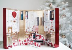 Christmas Calendar With Many Window This is the best gift on christmas with lots of window that hold many important things. http://www.sheistheone.ch/2015/12/beauty-lancome-xmas-calendar.html #fashion and #beauty #blogging