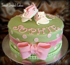 BUTTER CREAM BABYSHOWWER CAKES   Converse Baby Shower Cake — Baby Shower