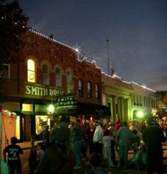 Downtown McKinney Texas - Best Restaurants, Bars, And Late-Night Activities