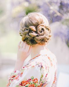 Loose pinned curls | Read More: http://www.stylemepretty.com/2014/07/01/romantic-lavender-wedding-inspiration/ | Styling + Florals: dearsweetheartevents.com | Photography: Rachel May - www.rachel-may.com