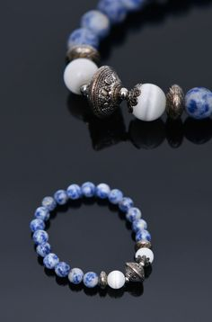 Antique Charm Sodalite Beads-Bracelet 360 by Guylook.com