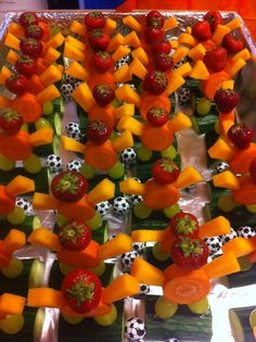 Leuke en gezonde voetbal traktatie | WK | fruit | groente | chocola | basisschool |