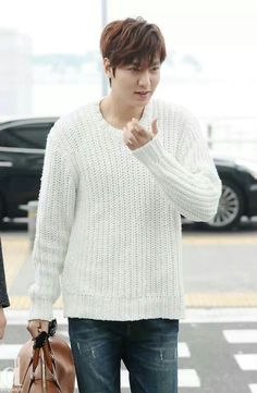 Lee Min Ho | ICN to Shanghai for LG Event 03.17.2014
