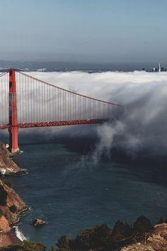 Golden Gate Bridge and fog, San Francisco, California.