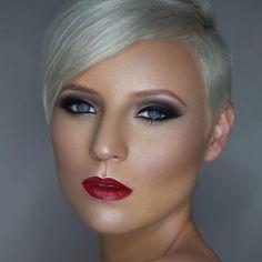 10 kapsels voor kort haar in een knallende kleur.. Welke kleur kies jij dit seizoen?