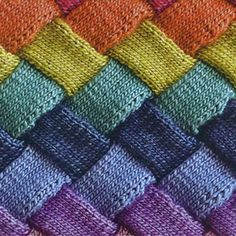 Last night I took a class on entrelac knitting from Ginger, owner of the local yarn shop: In Sheep& Clothing in Torrington, CT. Baby Blanket Crochet, Crochet Shawl, Knit Crochet, Knitting Stitches, Knitting Patterns, Crochet Patterns, Crochet For Beginners, Crochet For Kids, Yarn Shop
