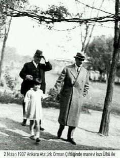 ✿ ❤ Atatürk, 2 Nisan 1937 de manevi kızı Ülkü ile Atatürk Orman Cifligi ni gezerken.