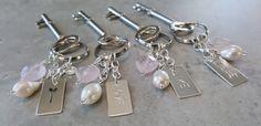 4 forskjellige Keys, Arts And Crafts, Personalized Items, Jewelry, Jewlery, Jewels, Unique Key, Key, Jewerly