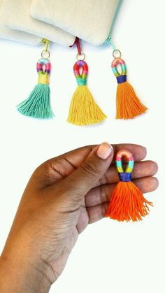 DIY Thread Wrapped Colorful Tassels Tutorial from commonthread. - DIY Thread Wrapped Colorful Tassels Tutorial from commonthread.I like this tassel tutorial because - Diy Projects To Try, Craft Projects, Diy Jewelry, Jewelry Making, Jewellery Box, Teen Jewelry, Tassel Jewelry, Fabric Jewelry, Jewelry Ideas
