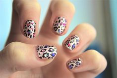 Leopard print nails with jewels on them. How pretty♥ Acrylic Nail Art, Acrylic Nail Designs, Nail Art Designs, Nails Design, Cute Nails, Pretty Nails, Hair And Nails, My Nails, Leopard Print Nails