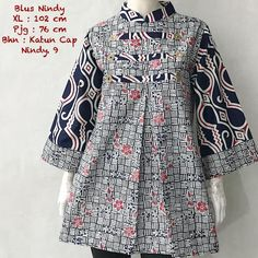 Model Baju Atasan Batik Wanita Seri Nindy Call Order Whatsapp ( Text Only ) 082-135-313-738 Pin BB D919D352  Model Baju Atasan Batik Wanita Seri Nindy Katun Cap Harga Rp.165.000 Bahan :Katun Cap Batik Dress, Batik Kebaya, Blouse Batik Modern, Modesty Fashion, Hijab Fashion, Model Outfits, Fashion Outfits, Mode Batik, Whatsapp Text