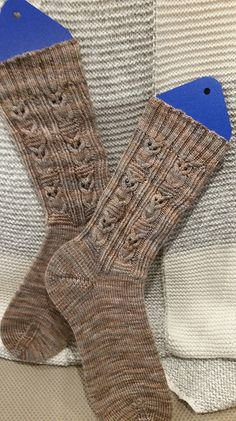 Ravelry: Project Gallery for Owlie Socks pattern by Julie Elswick Suchomel