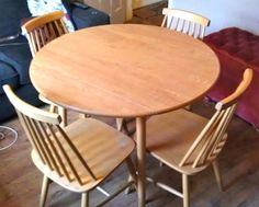 Second Hand Household Furniture Buy And Sell In The UK Ireland Round Dining Table
