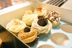 London Cray !!! Lola's Kitchen / Bakery: Cupcakes & Cakes | That Food Cray !!!