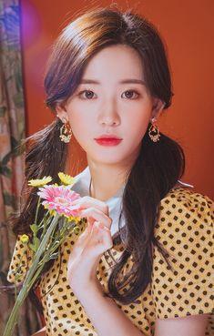 ♡윙블링♡ 상상 그 이상의 악세사리SHOP Korean Beauty, Asian Beauty, V Shape Face, Ulzzang Makeup, Asian Model Girl, Ulzzang Korean Girl, Aesthetic People, How To Look Classy, Up Girl