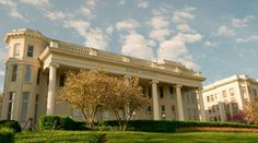 Belmont University.  Oh to see those beautiful antebellum buildings again!  someday.