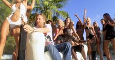Apple iPhone - SEXY BITCH by David Guetta (2009) Music Video Scene