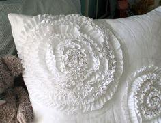 West Elm Ruffle Pillow Tutorial