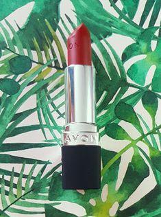 Avon True Colour Delicate Matte Lipstick reviews and swatches